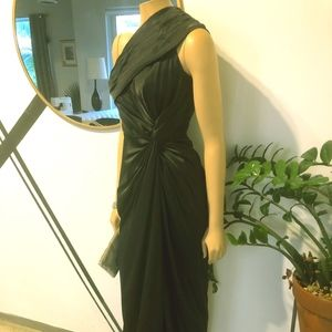 ADRIANA PAPELL ONE SHOULDER SATIN GOWN WITH SLIT